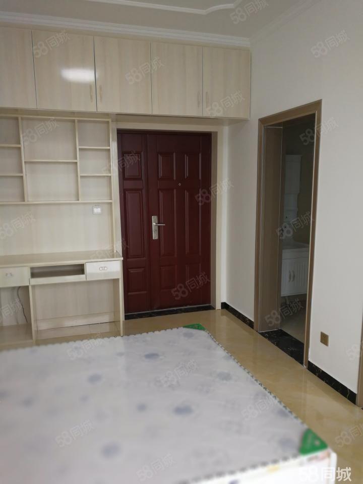 香樟大厦,家电齐全,精装修拎包入住,交通便利,购物方便