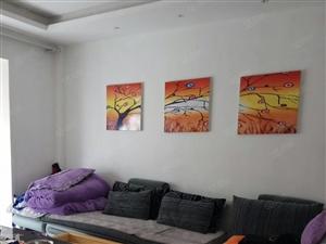汽摩城精装3房,138平,户型周正,采光好,看房方便!
