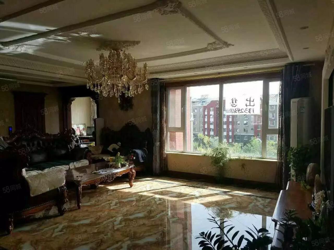 豪华精品,位置优越,与前楼间距长,环境非常好