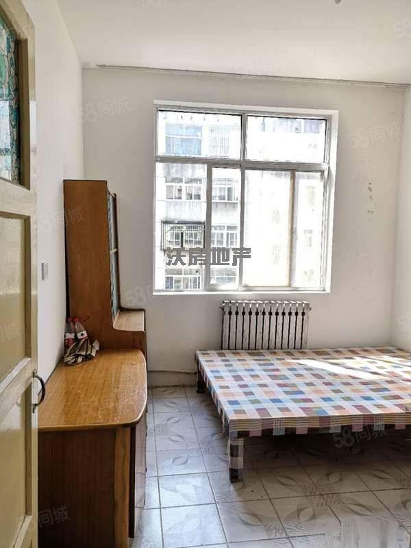 虎山东路,二中,博文中学,两室急租,欢迎随时看房