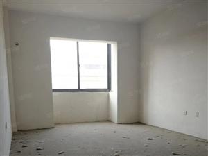 天筑广场11楼毛坯3室2厅急卖65万