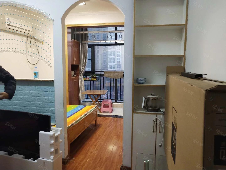 新华西路汉庭公寓月付1400押一付一家具齐全拎包入住