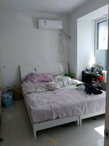 火车站附近国光小区3楼两室简装拎包入住