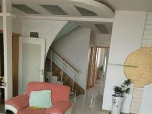 银珠复式房屋出售,精致装修,学区房。
