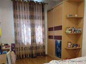 毛坯单价3900/方158方4房14方储物间