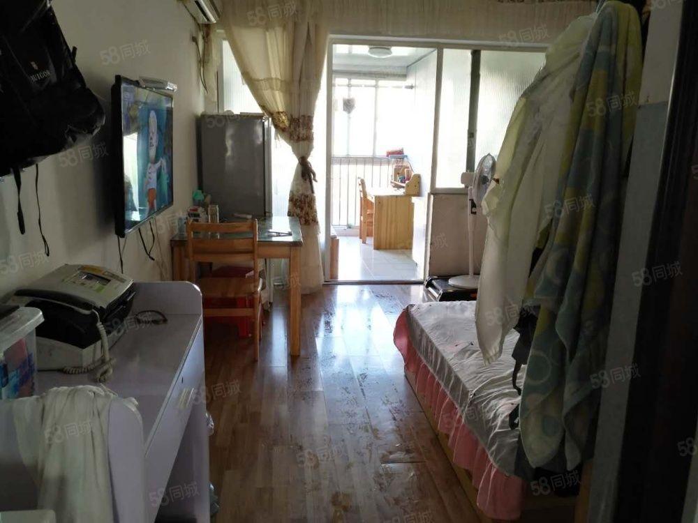 永丰心座,五号线航海广场站,两室一厅,46平,精装修!