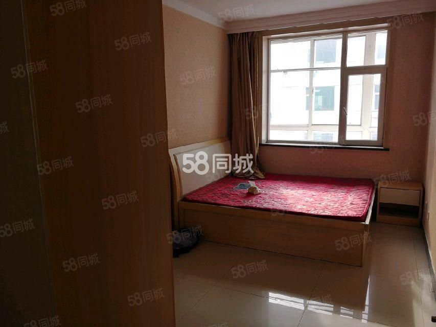 长征西街云河宿舍电视台西三室精装有家具地暖房紧邻六中