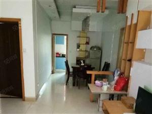 轻纺城旁,城中雅苑3室出租,精装修,家电齐全,拎包入住即可。