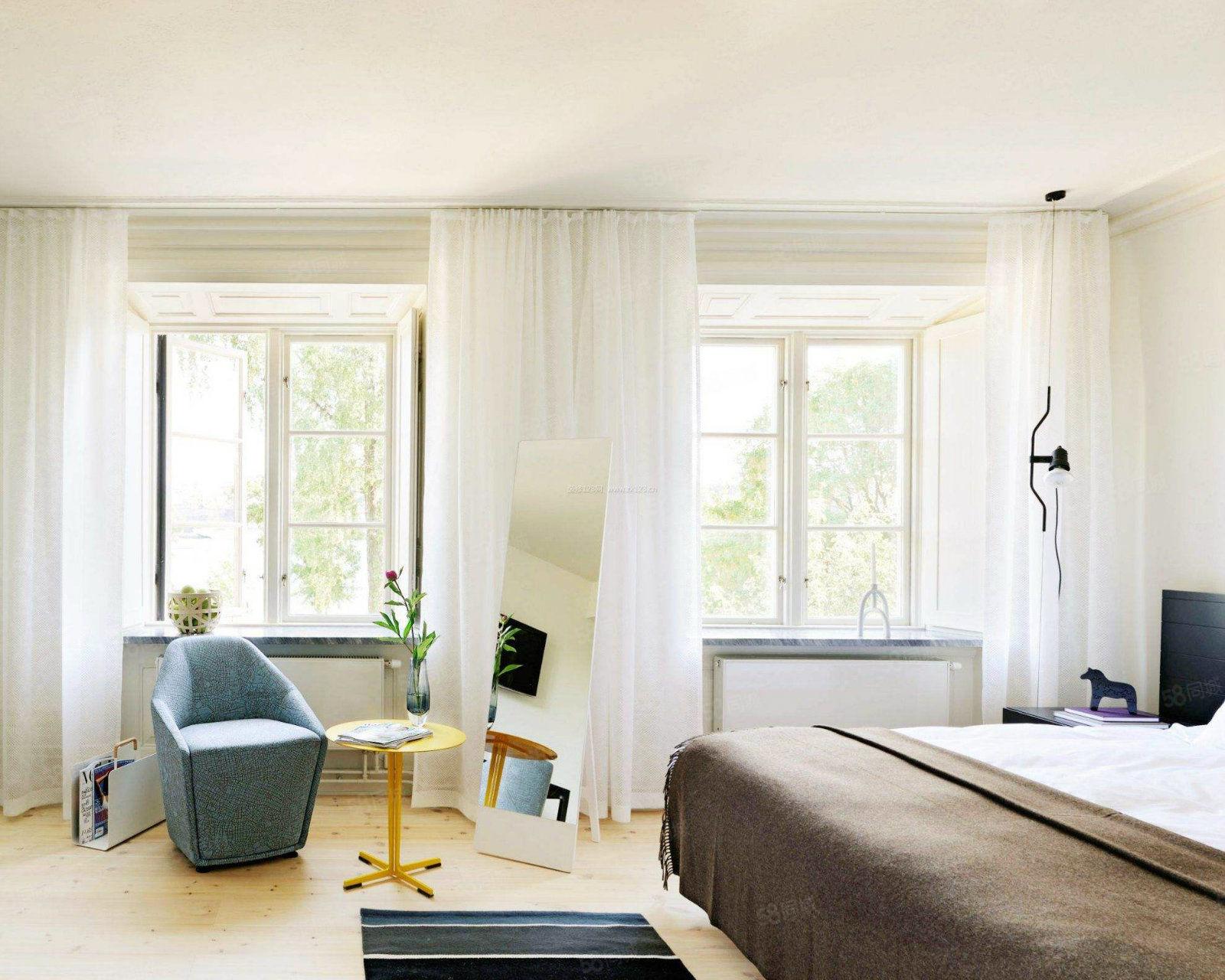 金座豪庭精装一室家具家电齐全暖气已交随时看房