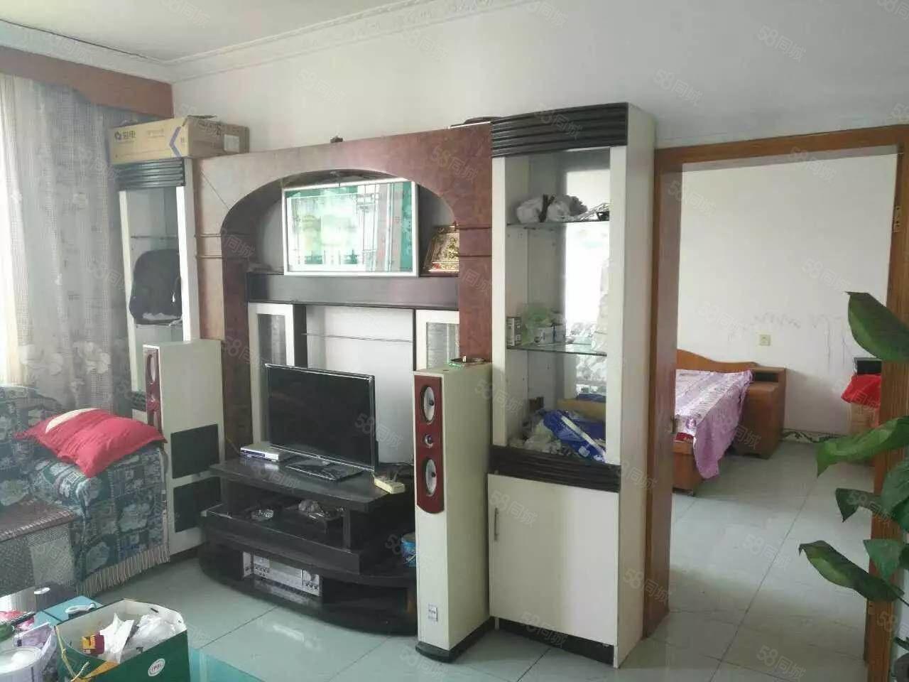 泸县原野市场绿园小区3室2厅1卫住房出租!
