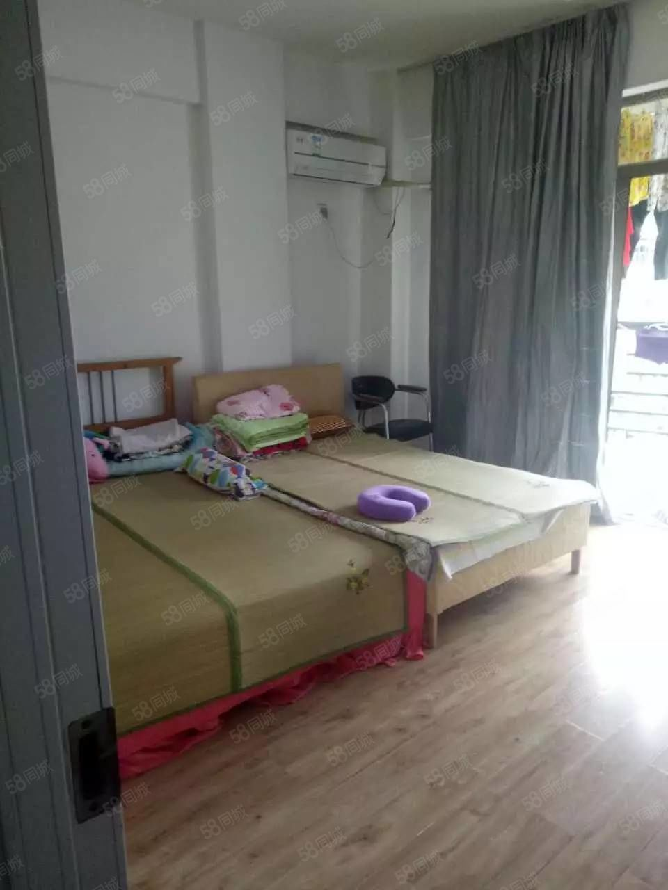 万达附近,东湖豪门拎包入住,居家装修仅1600/月