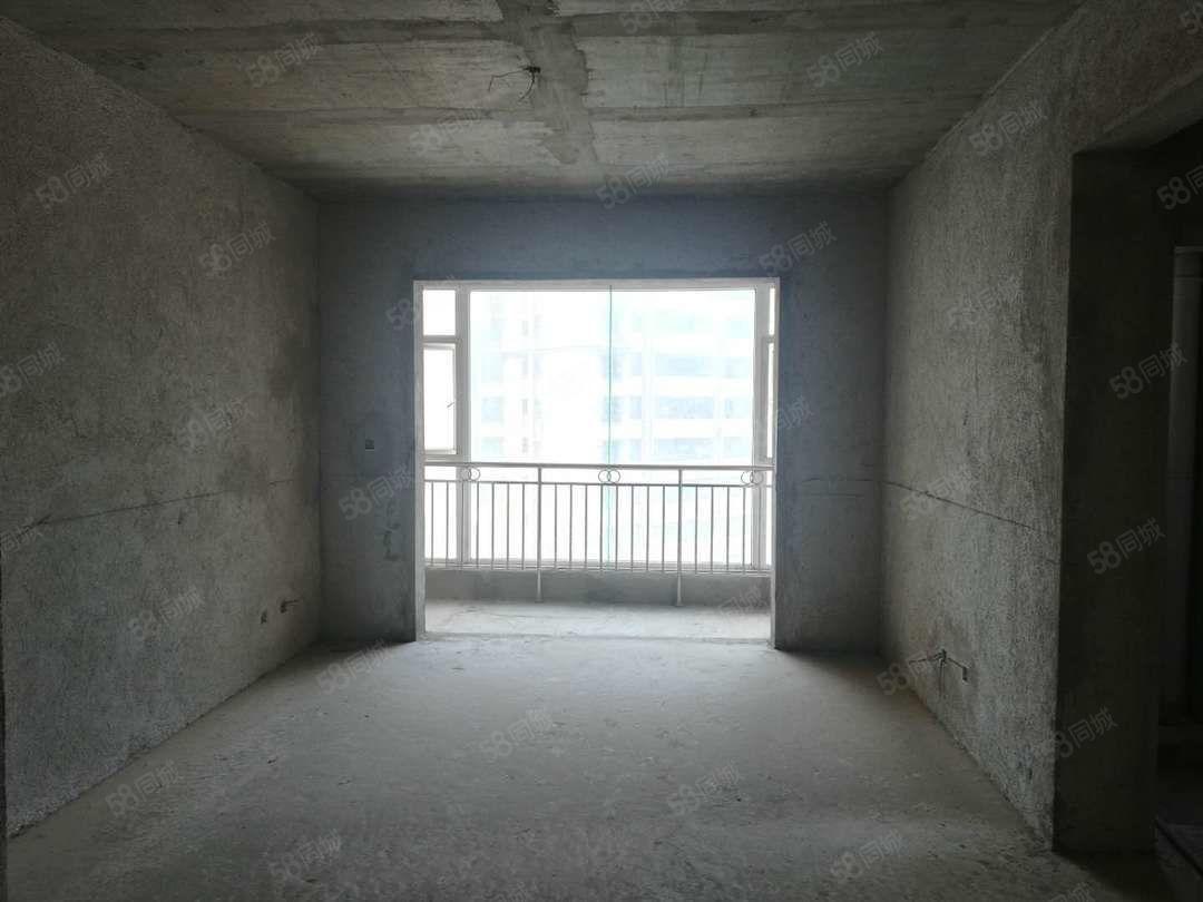 长河天骄售价36万面积85平米双证满两年