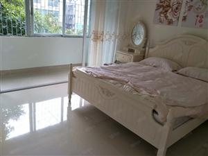 高档小区红城湖国际精装三房仅售159.8万随时看房