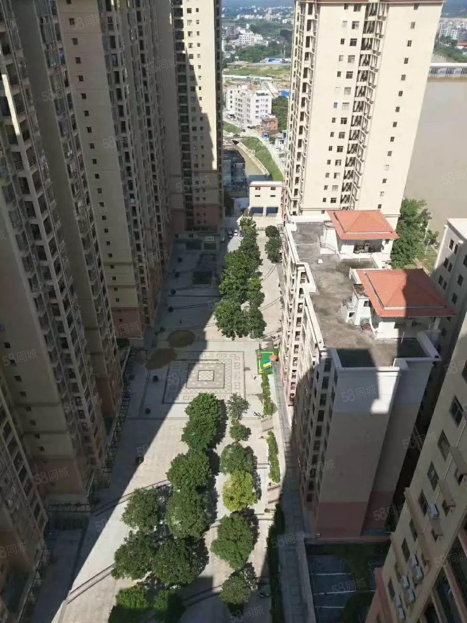 莉莱江城电梯高层4200元每平方