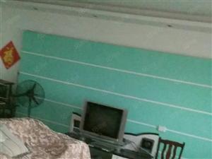 南关仁济医院附近4房,家电齐全,有热水器,空调