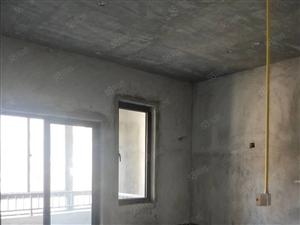 新社区三盛中央公园,方正的单身公寓,独立小房间,随时看房