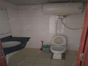 李村银座对面精装套一800月有空调独立卫生间近地铁