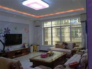 福城大酒店对面5楼经济用房,140平方左右,全新装修家电齐全