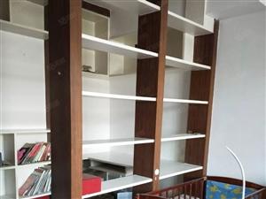 精装修带家具家电拎包入住解放桥附近102平米2室