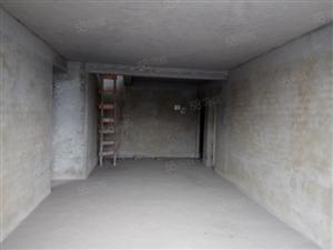 水岸新城送阁楼233平方可长期短期出租有电梯也可以做仓库