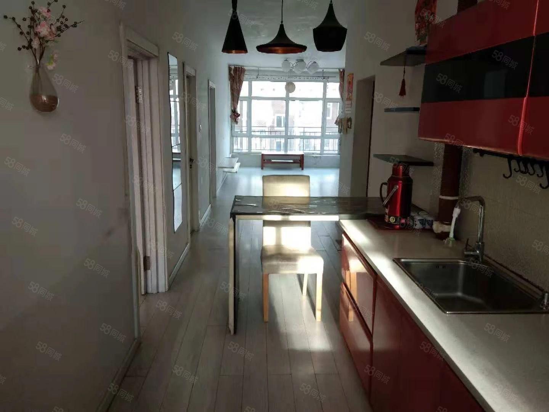 十中附近,《福乾花园》,多层2楼88平两室一厅,婚房出租。