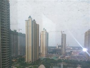 恒大名都,现房精装修140平三室2厅123万可与开发商签一手
