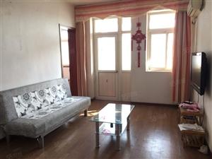 洛阳路,海琴广场,套2厅,家具家电齐全,干净温馨,价格便宜!