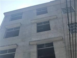 沙洲整栋诚心出售,占地面积180平方。建筑面积400平方,