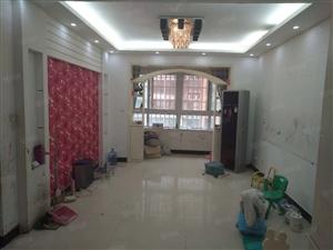 龙湖金立方,单价七千多,低首付,大三房,地铁口100米,急售