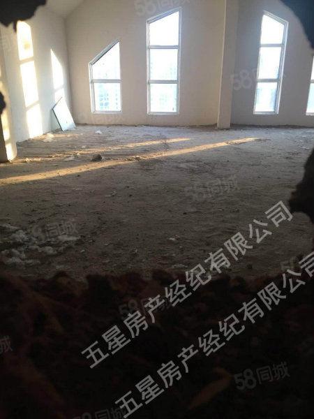 美高梅注册顺河府复式142平米毛坯4室景观房两层有产证(已售)
