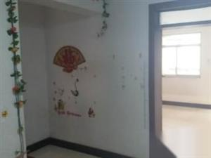 国光小区3室1厅1卫98平米精装修送储藏室