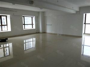 龙岩大道商务金融写字楼大润发万阳城单价8000出头