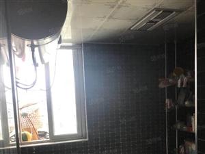 新加坡金井小区3室2厅2卫精装修