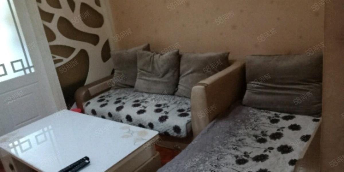 瑞祥家园2室精装公寓出租1400元/月带家具家电