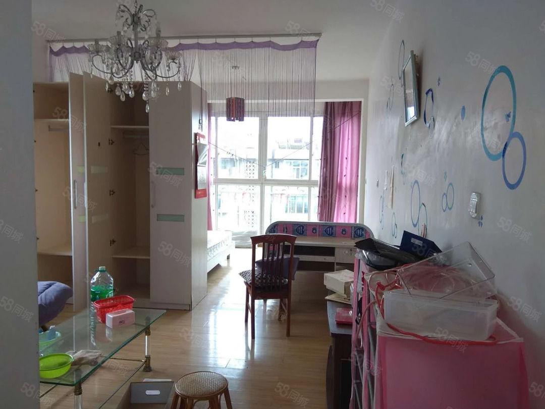 师院旁盛世庭院6楼公寓800元/月可直接拎包入住