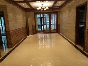 急售:兰乔迪亚一楼精装三室两厅一卫113平