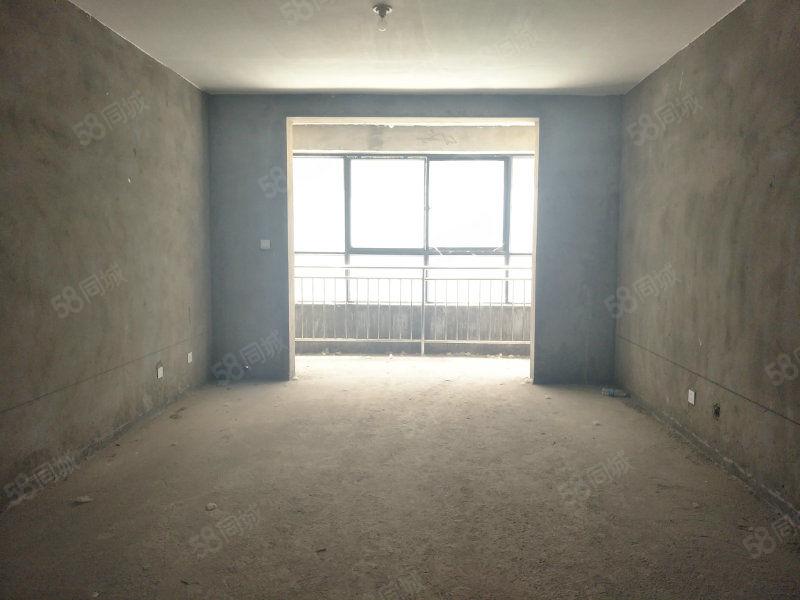 佳家房产长社路盛世年华,毛坯两室,一手证手续,房东诚意价低