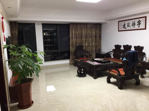 福隆城全新装5房自住精装修满二年看房方便电视背景木作等都有