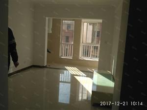 明佳花园2室2厅1卫,房子是精装,从未入住,1.2万