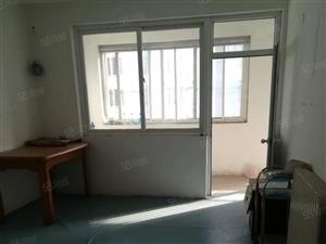 杨柳国际新城3室中间楼层简单家具850元