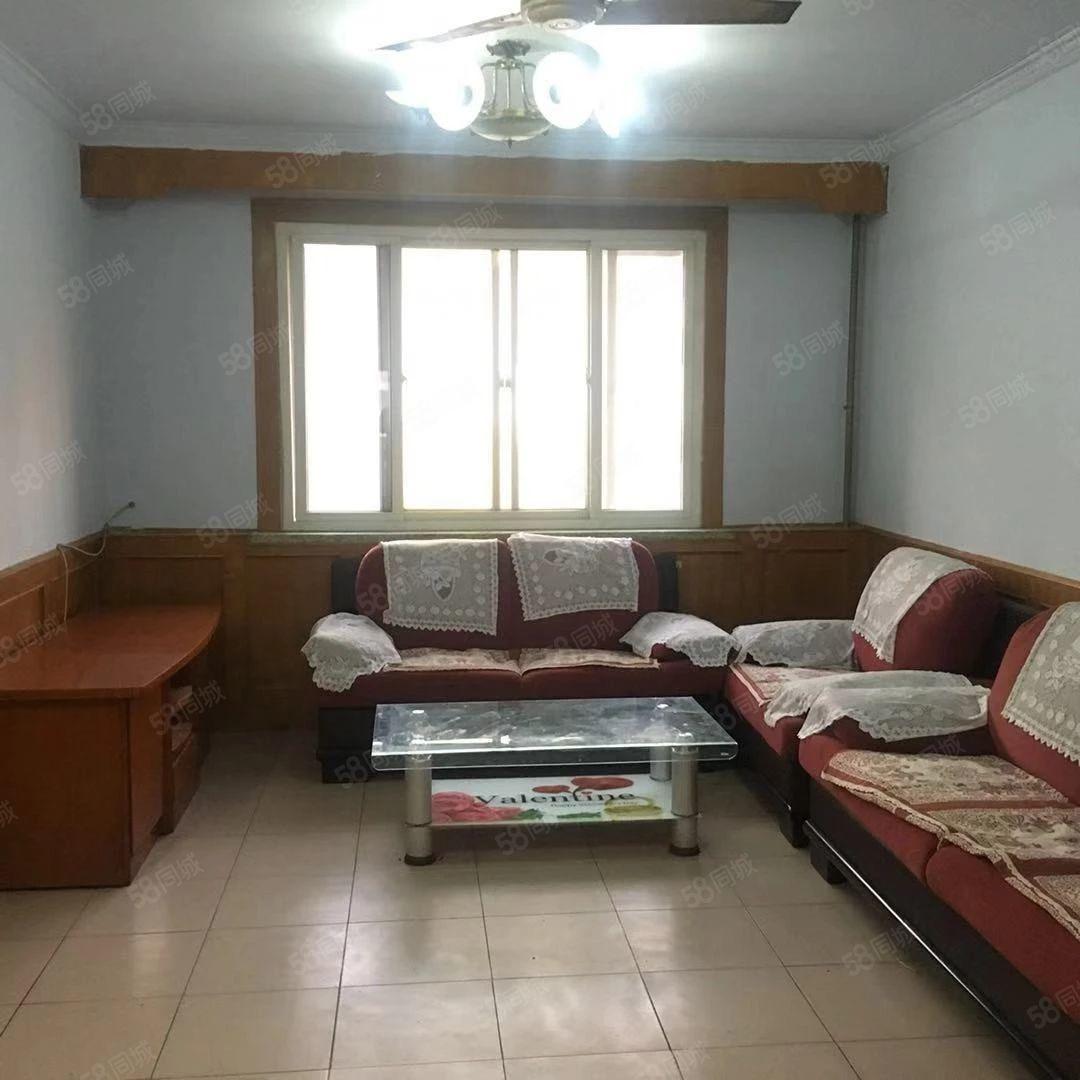 清怡小区两室两厅配套齐全拎包入住非顶楼随时看房不短租