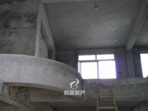 万达旁电梯复式楼买两层送一层房间大小标准单价8000出头