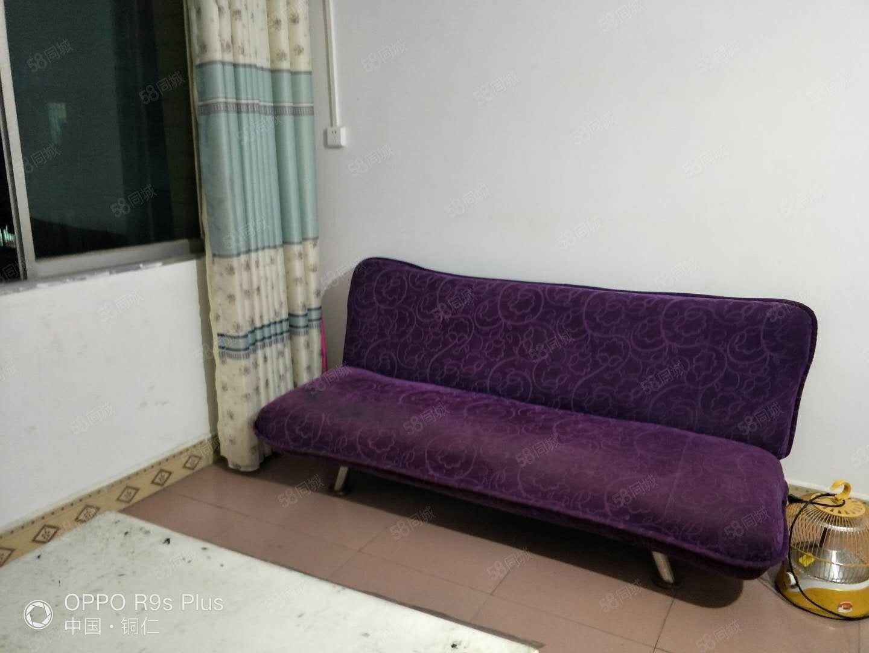 《新家园房产》水果市场单身公寓出租配置有基本家电拎包入住