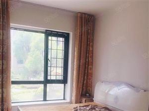 房子还在高档小区仕林东湖三房2700出租实拍图片