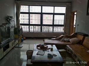 铁东路百合中央都市公寓精装修3室可分期
