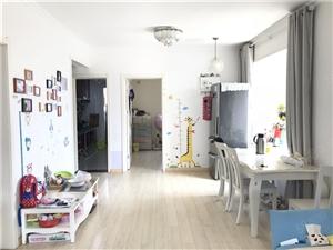 李沧区靠近地铁50米还有这个价位的房子改套三后还是东明厅
