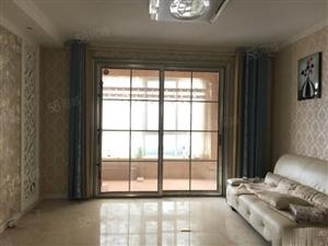 文鑫花园2000元4室2厅2卫精装修,环境幽静,居住舒