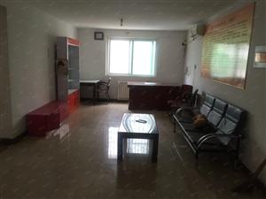 急出租黎寨小区2室1厅95平有暖有空调,2楼,带双开门储