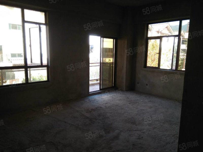 丽江假日高端小面积公寓出售现房可做酒店整栋出售也可单间