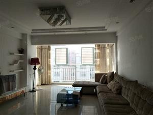 学海路瀛洲河畔中装两房低楼层支持贷款价格可谈